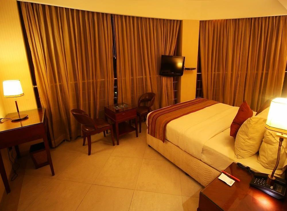 Hotel Furaat Inn Hotel Oyo Rooms Income Tax Ashram Road Ahmedabad